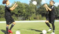 Sportunterricht: Ballkorobics – Partnerübungen mit 3 Bällen