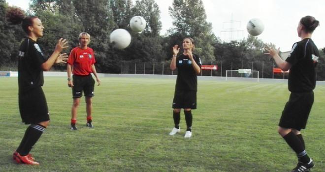 Sportunterricht: Ballkorobics – Gruppenübungen mit Ball und Musik